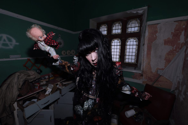 brocarde creepy doll photoshoot